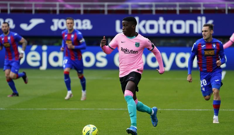 إجرا-لبرشلونة-ضد-لاعبه