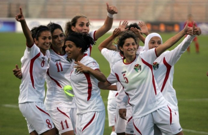 سيدات-الأردن-غادرن-إلى-أرمينيا
