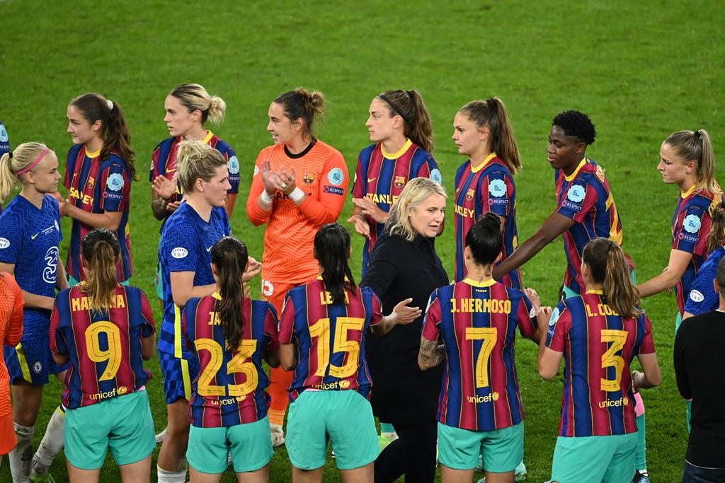 مدربة-تشيلسي-مباراة-برشلونة-انتهت-قبل-أن-تبدأ