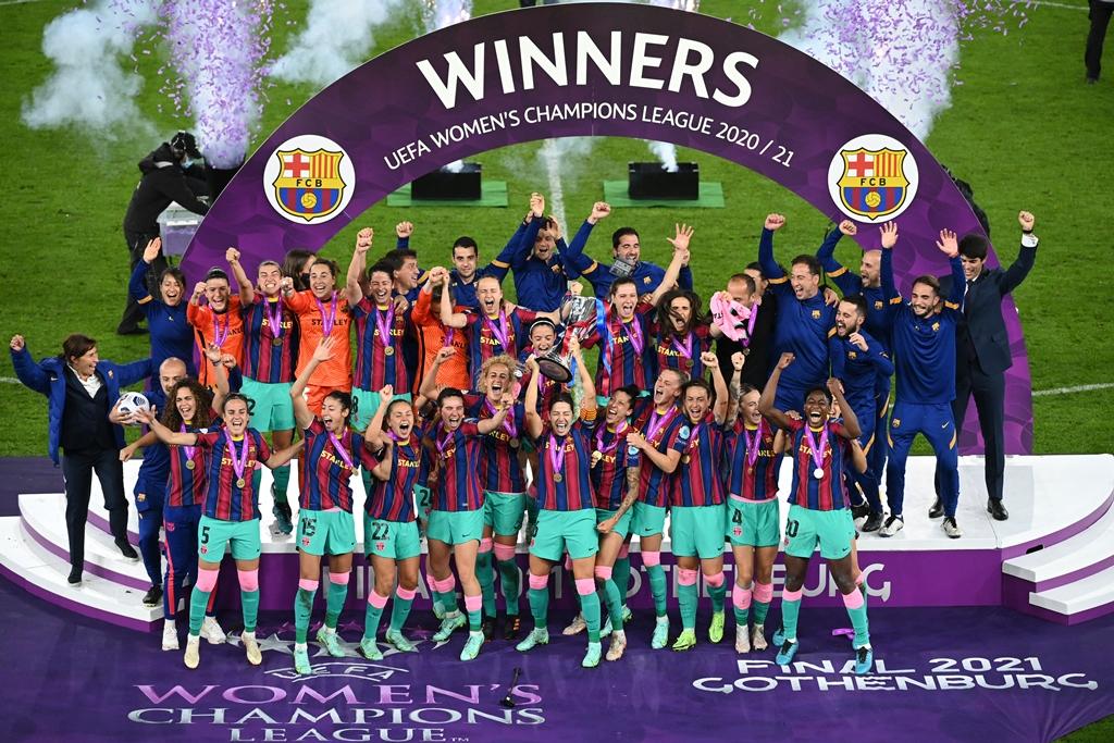 سيدات-برشلونة-يحفظن-ما-وجه-النادي
