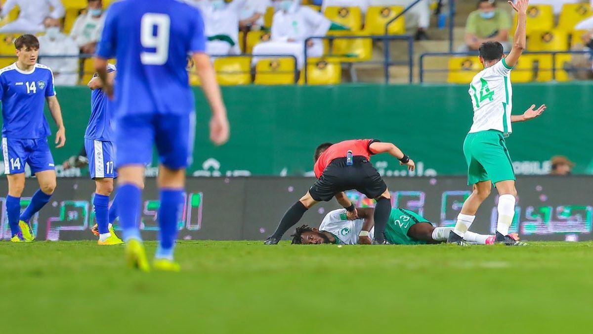 مدافع-المنتخب-السعودي-ينجو-من-الموت